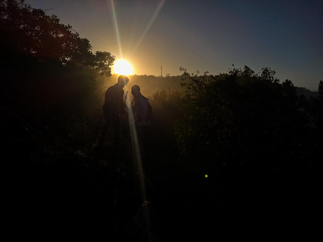 Východ slnka nás zastihol na deviatom kilometri