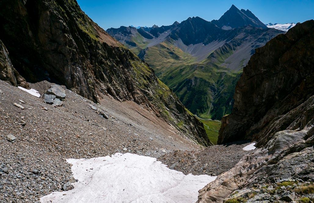 Široký výstupový juho-východný žľab pod Aiguille del Combal