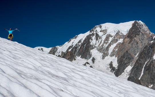 Skala a ľadovec v jednom - Petit Mt Blanc 3.424 m