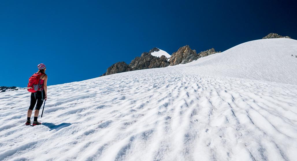 Záverečný ľadovcový výšvih na skalnatý vrchol Petit Mt Blanc
