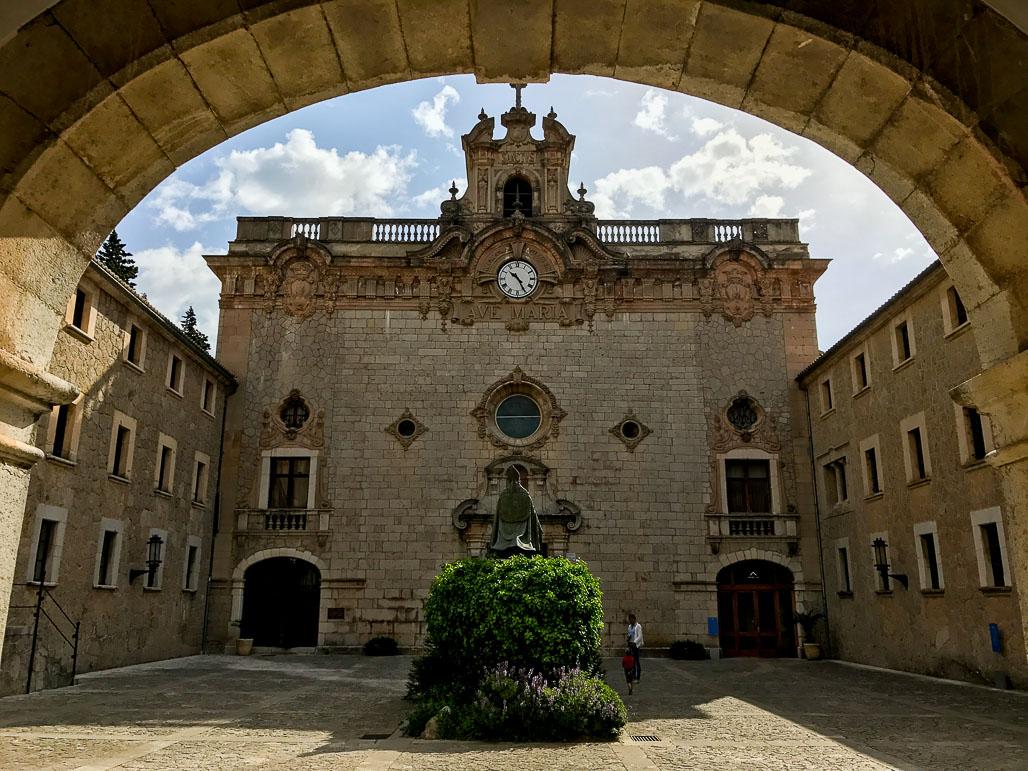 Santuari de Lluc - Serra de Tramuntana